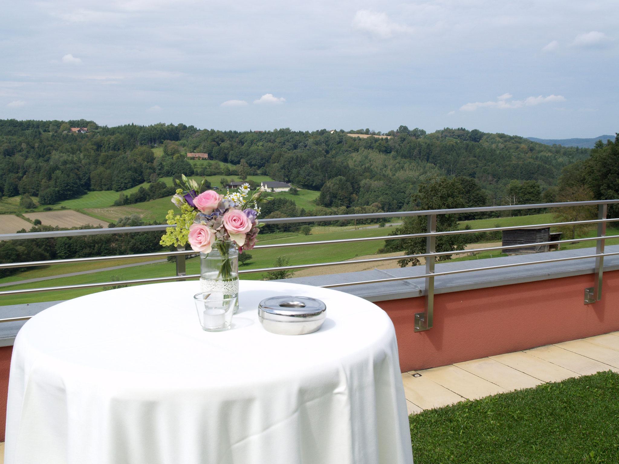 das eisenberg hochzeit terrasse